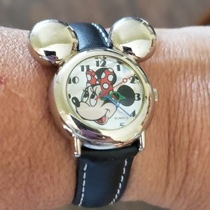 Mickey/Minnie Mouse Watch